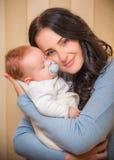 младенец ее мать newborn Стоковые Фото