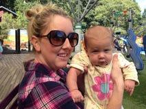 Младенец и мама Стоковая Фотография