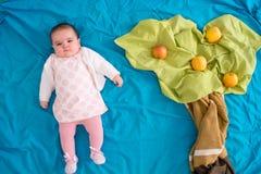 Младенец на лесе Стоковое Фото