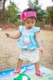 Младенец с футбольным мячом Стоковые Фото