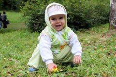 Младенец для прогулки Стоковые Фотографии RF