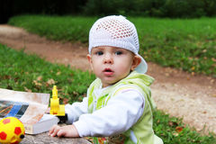 Младенец для прогулки Стоковые Фото