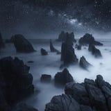 Млечный путь над пляжем Lampung Pegadung, Индонезией Стоковая Фотография RF