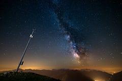 Млечный путь осмотренный от максимума вверх в Альпах Стоковые Изображения RF