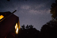 Млечный путь Gallaxy над кабиной Стоковое Фото