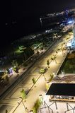 Набережная и прогулка Чёрного моря с барами и гостиницами на nighttime Стоковая Фотография