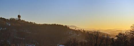 Наблюдательная вышка во время захода солнца стоковое изображение rf