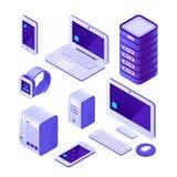 Набор мобильных устройств равновеликий компьютер, сервер и ноутбук, смартфон Собрание вектора 3d системы базы данных облака бесплатная иллюстрация