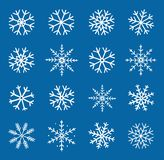 Набор руки зимы вычерченный белых снежинок бесплатная иллюстрация