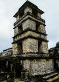 Наблюдательная вышка дворца - Palenque - Чьяпас Стоковая Фотография