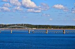 Наведите соединять 2 шведских острова архипелага Стокгольма в Балтийском море, Швеции Стоковая Фотография