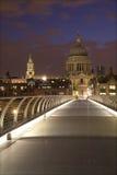 наведите st pauls london собора самомоднейший Стоковые Фото