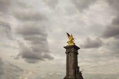 наведите pont paris ночи neuf Франции Стоковые Изображения