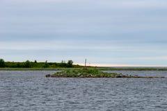 Навигатор на небольшом острове стоковые изображения rf