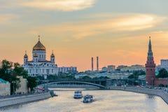 Навигация на реке Москвы/реке Moskva в Москве, России Стоковое Фото