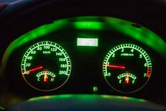 навигация приборной панели пульта автомобиля электронная стоковое изображение
