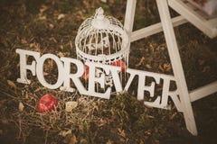 Навсегда - деревянная надпись для wedding Стоковые Изображения RF