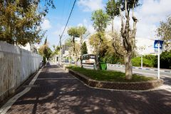 НАГАРИЯ, ИЗРАИЛЬ 9-ОЕ МАРТА 2018: Улица в центре Нагарии, Израиля стоковые фотографии rf