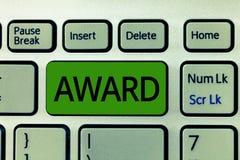 Награда показа знака текста Схематический приз фото и другая метка опознавания, который дали в честь достижения стоковое фото rf