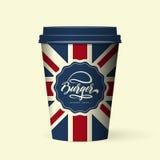 Наградная качественная реалистическая изолированная насмешка иллюстрации вектора кофейной чашки бумаги стиля британцев вверх Стоковые Фото