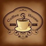 Наградной ярлык кофе над винтажной предпосылкой Стоковые Изображения RF