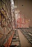 Нагрузка груза внутри самолета Стоковая Фотография