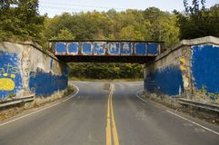 надпись на стенах моста Стоковое фото RF