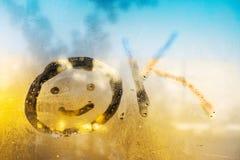 Надпись на misted стеклянном ок, вычерченный знак на тумане стоковые изображения rf