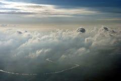 над воздушными облаками Стоковое Фото