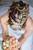 над волосами невесты стоковое фото rf