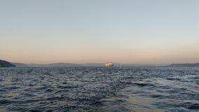 над заходом солнца моря стоковая фотография rf