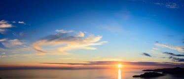 над заходом солнца моря панорамы Стоковые Изображения RF