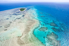 над зеленым островом Стоковое фото RF