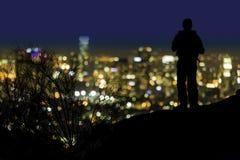 Над смотреть Лос-Анджелес Калифорния вечером стоковая фотография rf
