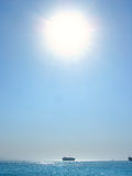над солнцем моря Стоковая Фотография RF