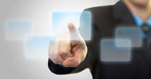нажимать руки кнопки бизнесмена фактически стоковое фото rf
