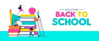 Назад к знамени сети школы детей и книг Стоковые Фото