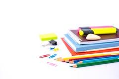 Назад к концепции школы изолированной на белой предпосылке стоковые изображения rf