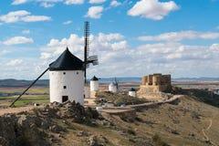 Назначение перемещения Мадрида Ландшафт ветрянок Дон Quixote Историческое здание в районе Cosuegra около Мадрида, Испании стоковое изображение rf