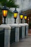 накаляя терраса фонариков романтичная Стоковая Фотография