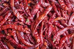 Накаленная докрасна текстура предпосылки chilies Стоковые Фотографии RF