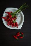 Накаленные докрасна мини перцы chili Стоковые Изображения