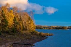 Накаляя ландшафт осени стоковое фото rf