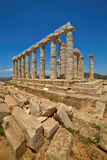 Накидка Sounion Место руин виска Poseidon, бога древнегреческия моря в классической мифологии Стоковое фото RF