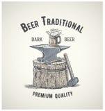 Наковальня пива и кузнеца Стоковое Изображение