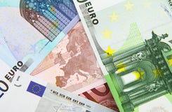 накрените веревочка примечания дег фокуса 100 евро 5 евро Стоковое Фото