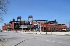 накрените профессионал игры phillies Пенсильвании philadelphia парка mlb граждан бейсбола где стоковые изображения rf
