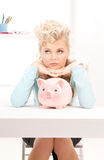 накрените симпатичная piggy женщина Стоковая Фотография RF