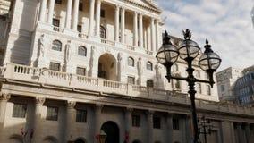 Наклон вверх по фронту Государственного банка Англии акции видеоматериалы