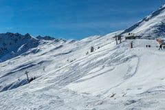 наклон лыжи области caucasus dombay Стоковые Фото